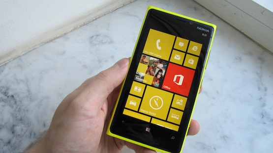 Смартфон Nokia Lumia 920.