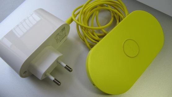 Беспроводное зарядное устройство Nokia Wireless Charging Plate (Nokia DT-900).