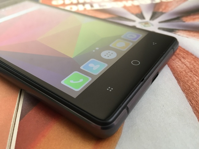 Micromax Canvas 5 Lite.