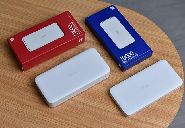 Redmi Power Bank на 10000 и 20000 мАч.