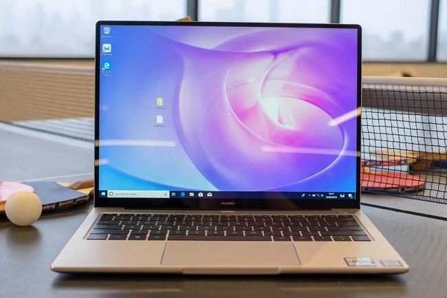 Ноутбук Huawei MateBook D 14 AMD.