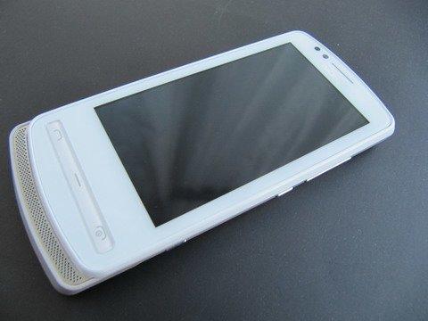 Обзор смартфона Nokia 700.