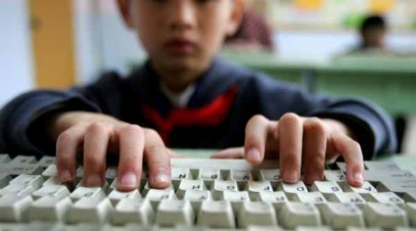 Почему для детей может быть опасно играть в компьютер?
