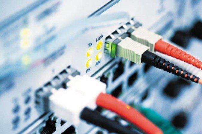 Монтаж интернет кабеля челябинск